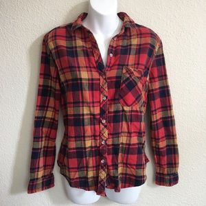 BDG Urban Outfitters red plaid button down top